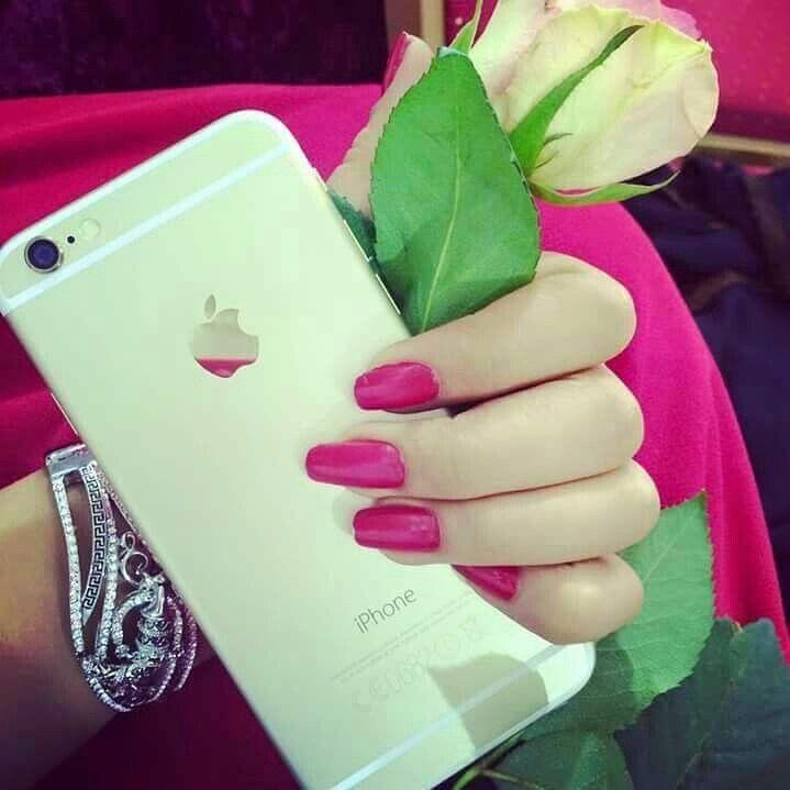 Pink Nails Girl DP